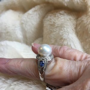 Pearl and Kyanite size 7 NWT